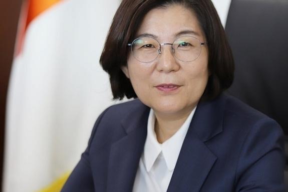 """김보라 안성시장 """"저는 일꾼…모두가 희망 품는 행복한 안성 만들 것"""""""